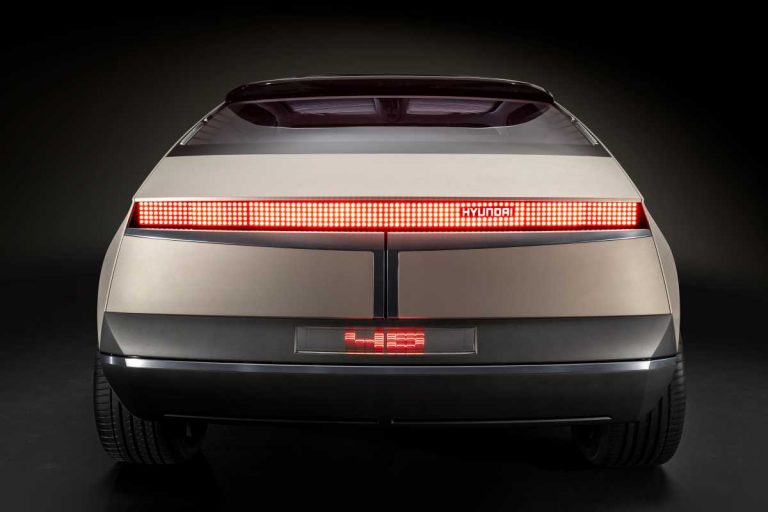 Style Set Free, un nuevo prototipo y coches de carreras ...